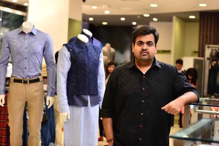 Kunal Anil Tanna sharing his inspiration behind his exclusive collection for us with Riaan George, Usaamah Siddique, Sarang Patil and Nikhil.