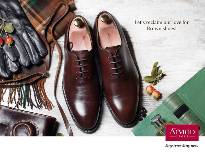 Give your attire the irreplaceable charm of brown shoes. Because there's no occasion to wear confidence.  Tell us your attire that you would team your brown shoes?  #StayTrueStayNew #WearBrownShoesDay