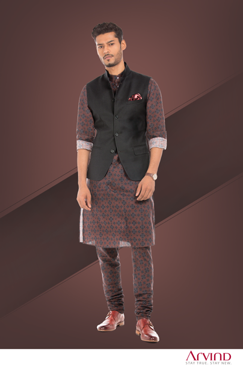 Unfollow the norm and dare to do something different. Make a statement at the next ceremony by donning this outfit from #ReadyToStitch collection.