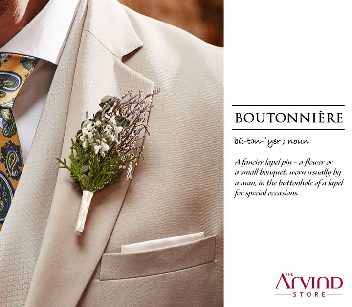 Close to a man's heart, it is the most perfect accessory that adds panache to your appearance. Stand out from the crowd by pinning this boutonniere on your lapel.