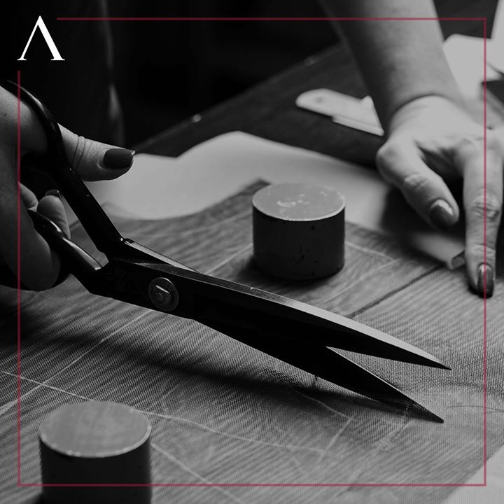 You know the wonder place where a scissor doesn't tear things apart, but brings together a symphony of intricate details and art.   Remember, don't settle for anything less than perfection.  . . . #menstrend #flatlayoftheday #menswearclothing #gentlemenfashion #welldressedmen #guystyle #luxurylifestyles #ootdman #malestyle #mensclothes #everydaymadewell #fashioninstagram #menswithstyle #mensfashiontips #smartcasual #flatlayforever #dressforsuccess #menswearstyle #itsaboutdetail #whowhatwearing #bespoketailoring #classicmenswear #thearvindstore #staytruestaynew #readytowear #madeinarvind