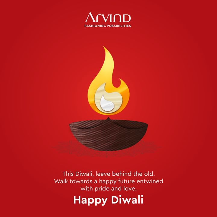 Let diyas of joy and love shine brightly in your life this year. Wishing you a beautiful Diwali.  . . . #diwali #diwaligifts #diwalihamper #diwali2019 #diwaliwishes #diwalivibes #diwalilights #diwalicelebration #TheFestiveEnsemble #menstrend #flatlayoftheday #menswearclothing #guystyle #gentlemenfashion #premiumclothing #fashioninstagram #dressforsuccess #itsaboutdetail #whowhatwearing #bespoketailoring #readytowear #madeinarvind #thearvindstore  #mensfashion #malestyle #authentic #arvind #menswear #linen #bandhgala